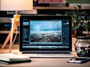 La vita lavorativa di un fotografo nel quotidiano | post produzione