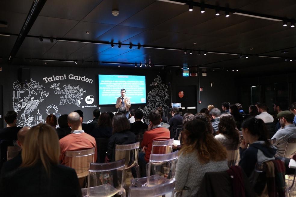 Speech di Massimiliano Gennari | Strategia di web marketing: inizia dalle basi